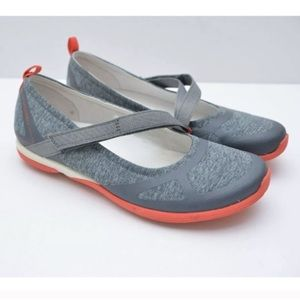 Merrell Ceylon Mary Jane Monument/Red Shoes